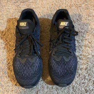 Nike Running Zoom Windflo 5